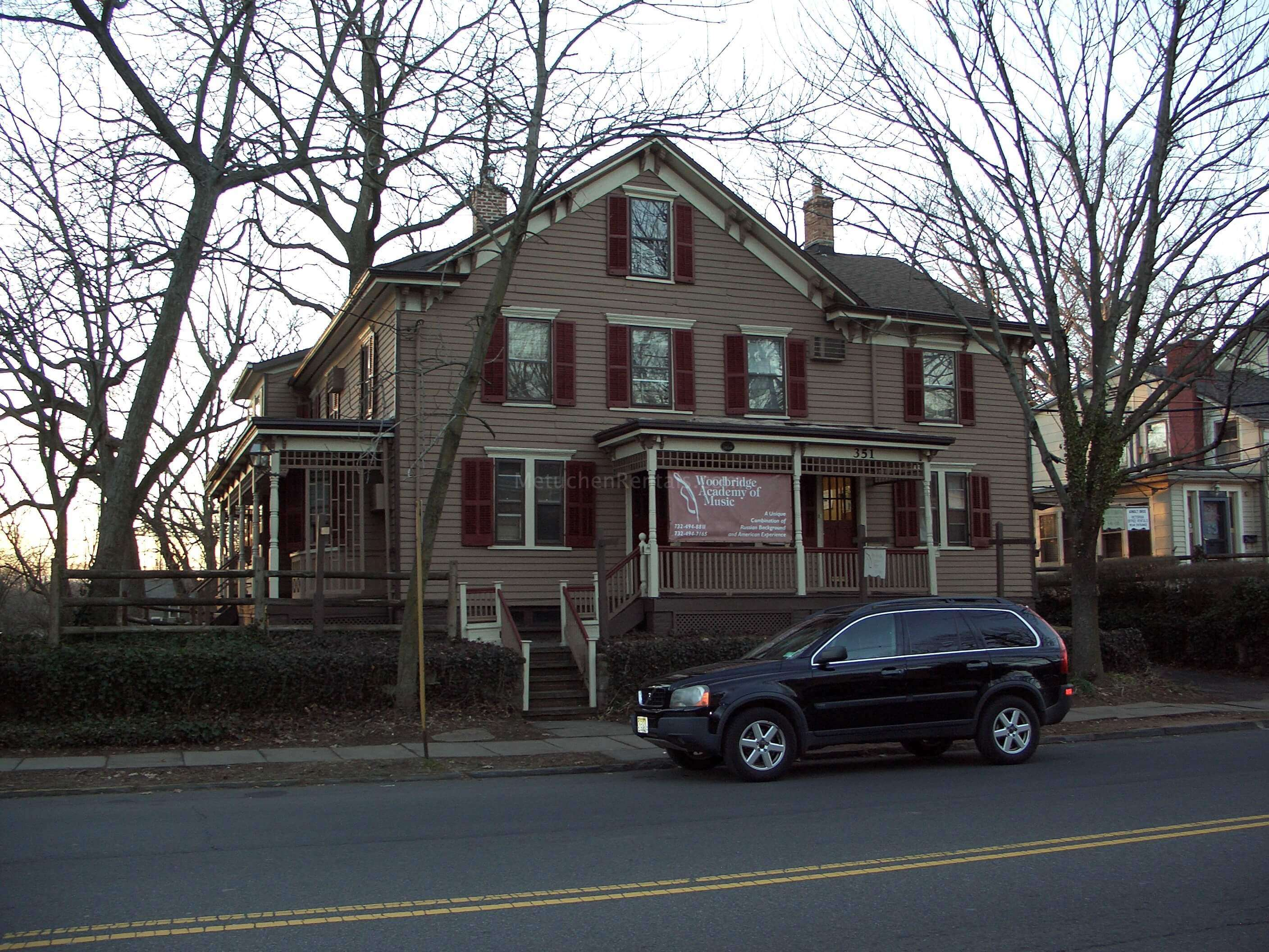 A Room For Rent In Main Street Nj